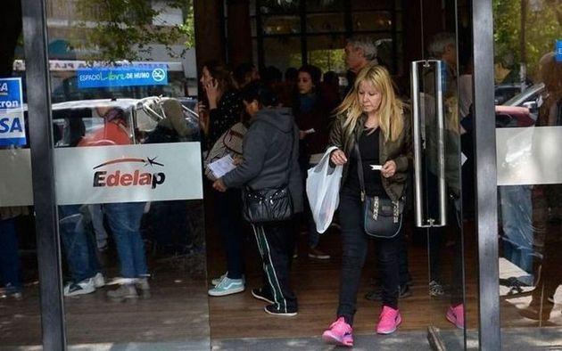 Apagón en La Plata: cruces por las boletas con cargo que les llegan a los damnificados