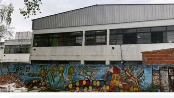 La Plata: trasladan a auxiliares de una escuela que pedían mejores condiciones de trabajo