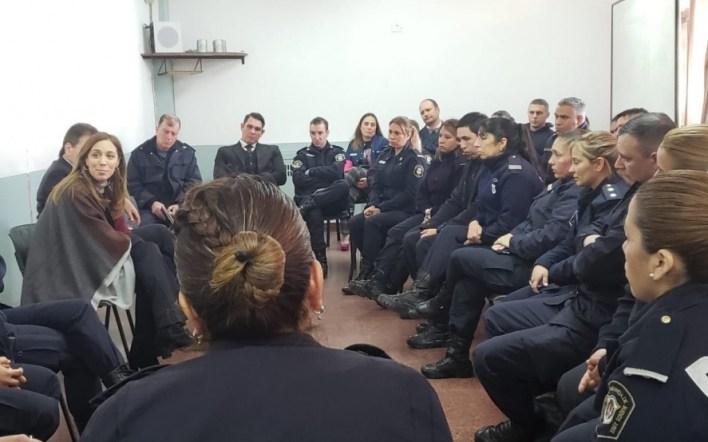 Vidal acelera su agenda pública: encuentro con policías, junto a Ritondo en La Plata
