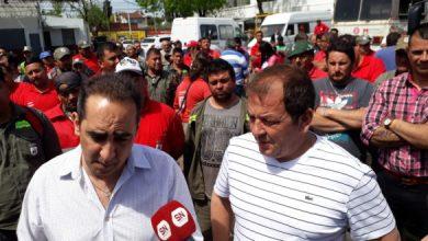 Photo of Tagliaferro anunció un bono para los municipales, reperfiló la campaña y cruzó a Kicillof: «Fue a la Gardel a hacer turismo»