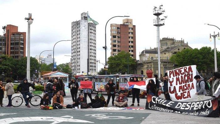 La Plata: cacerolazo en solidaridad con el pueblo chileno