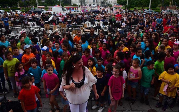 Ya se vive el clima de celebración por el 137º aniversario de la fundación de La Plata