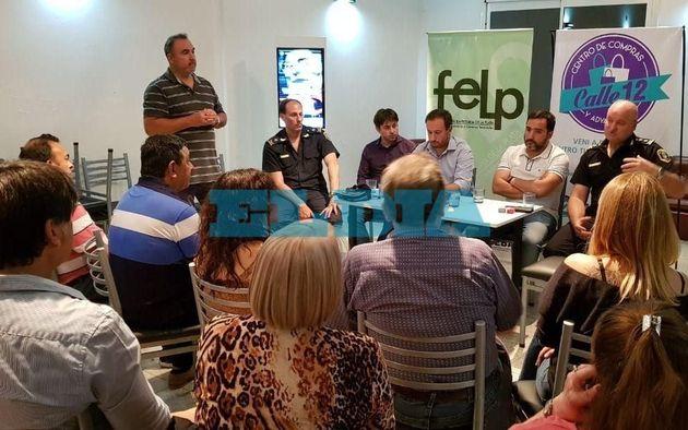 Comerciantes y autoridades se reunieron nuevamente por el drama de la venta ilegal en La Plata