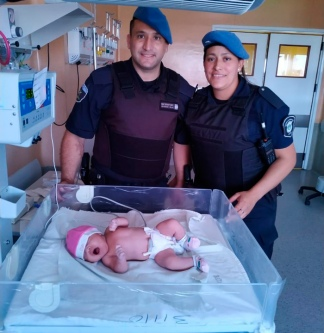 Policías bonaerenses asistieron el parto de una mujer en Morón