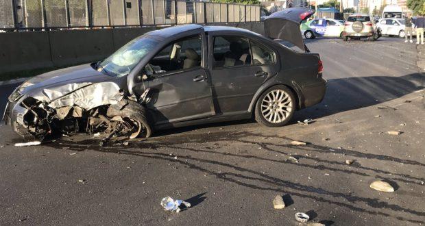 Fuerte choque entre dos vehículos sobre Segunda Rivadavia, en Ramos Mejía: No hubo heridos de gravedad