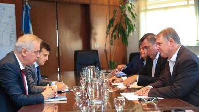 Photo of Lissalde se reunió con la Embajada Rusa por el interés en invertir en la construcción de vías y trenes a Vaca Muerta
