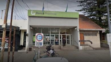 Photo of Degenerado suelto en La Plata: acusan a un empleado de seguridad del Banco Provincia por manosear a una joven