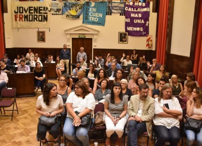 El Concejo de Morón creó la Dirección de Género, repudió agravios de Tagliaferro y Lucas Ghi inaugurará las sesiones