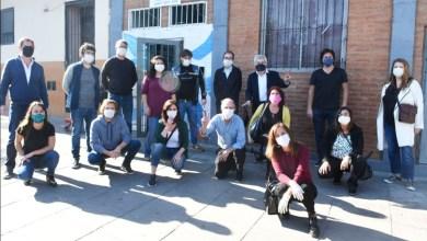 Photo of Legisladores porteños del Frente de Todos donaron alimentos y artículos de limpieza a los curas villeros de Bajo Flores