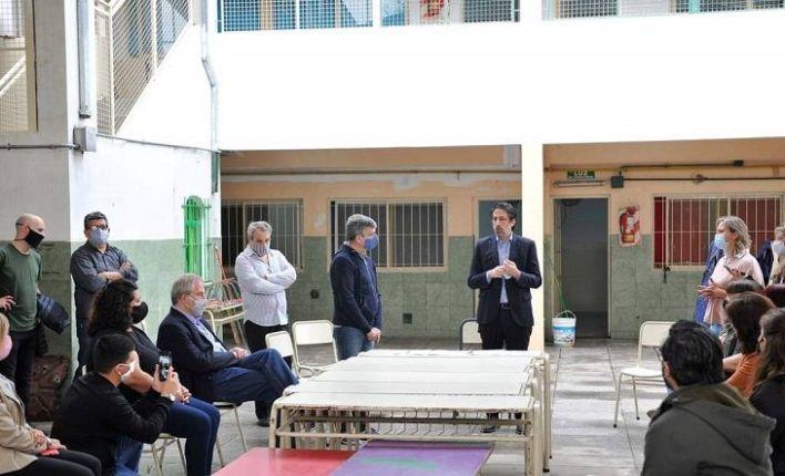 Hurlingham | Zabaleta y Trotta firman convenios para reformas en las escuelas del distrito
