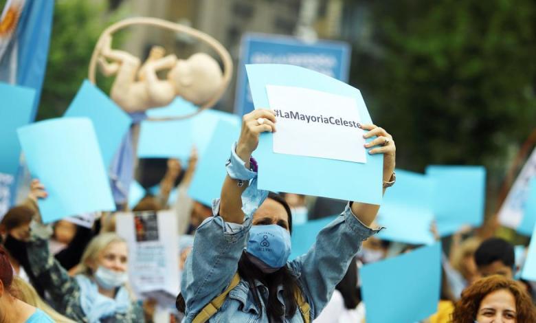 Photo of Marcha PROVIDA: grupos marcharon en contra de la legalización del aborto