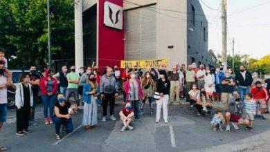 Photo of Vecinos de Hurlingham se movilizan en contra de la construcción de túneles en las líneas Urquiza y San Martín