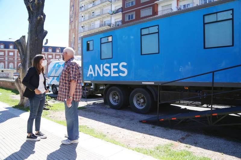 """Fernanda Raverta: """"La Anses cuenta con más de 300 operativos de atención en funcionamiento"""""""