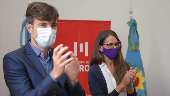 Lucas Ghi firmó convenio de políticas de géneros en Morón