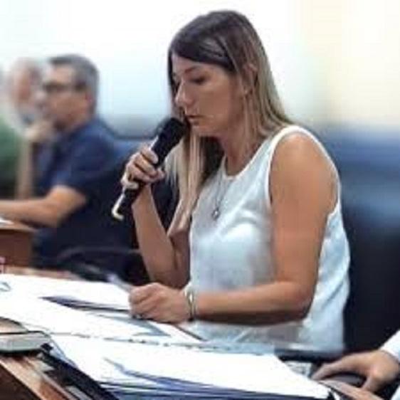 La actualidad de Marcos Paz en la palabra de Lorena Harguinteguy