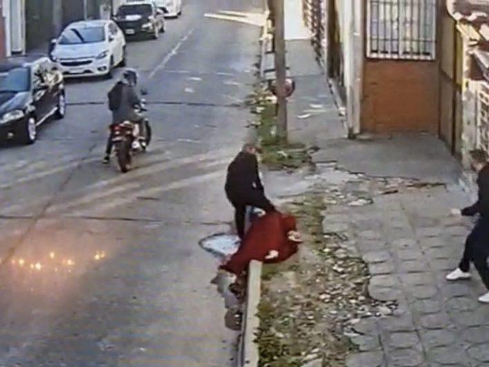 Un motochorro fue detenido en medio de un asalto en Morón: era inspector de tránsito