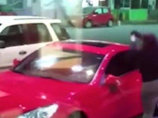 La Plata: estaba con su amante en el auto, apareció el marido y le pegó un tiro en la panza