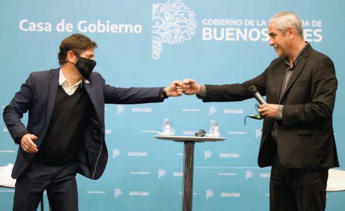 Ferraresi y Kicillof entregaron créditos para construcción en La Plata