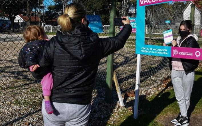 En La Plata aún no arrancó la vacunación a menores con riesgo