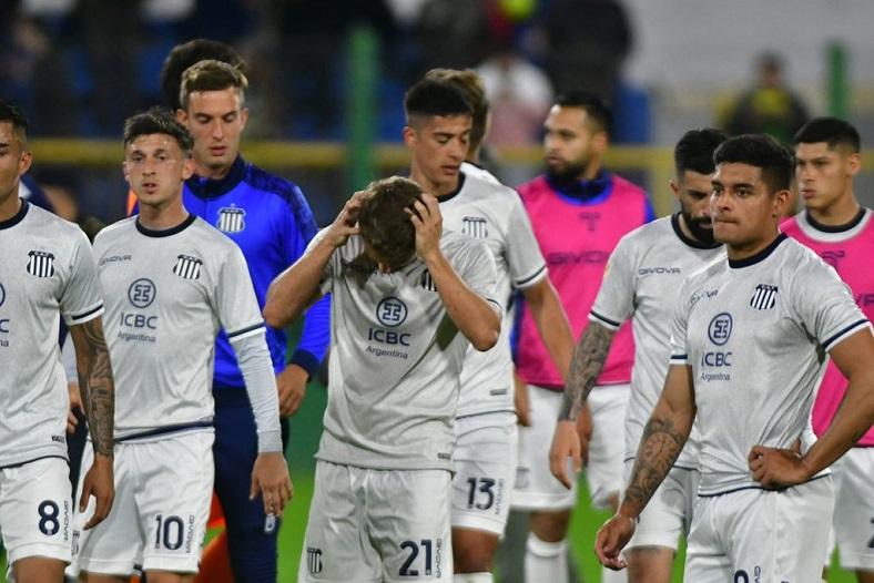 Talleres perdió con Defensa y le cedió la punta del campeonato a River