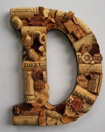 Ideas para reciclar corchos monograma