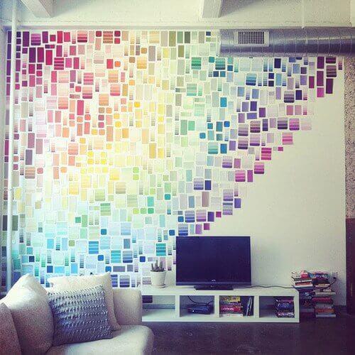 Revestimiento de pared hecho con catalogo de colores