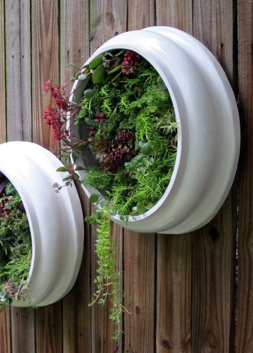 jardin vertical con materiales reciclados