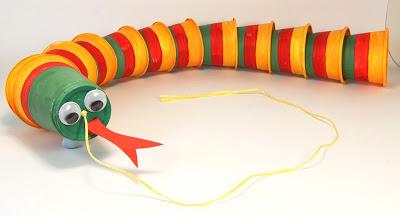 juguetes con materiales reciclados 22