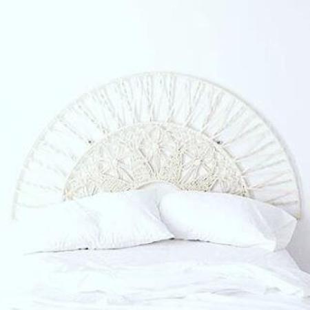 Ideas para decorar con macramé modelo de cama decorada