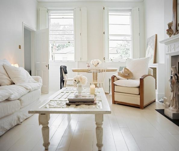 Mesa para decoracion vintage de interiores
