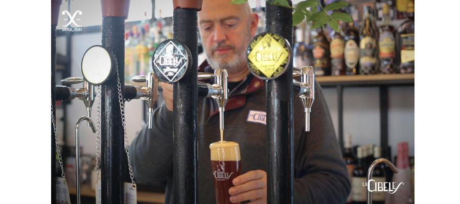 Cervezas La Cibeles lanza en los bares unos grifos de cerveza de diseño propio