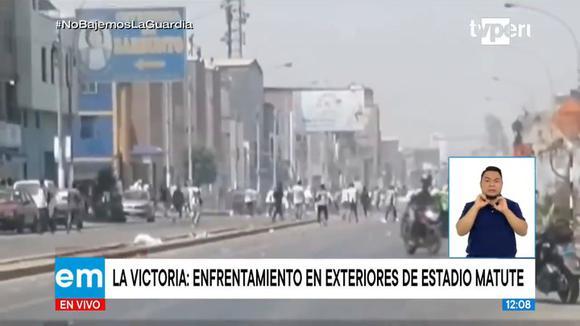 Barristas de Alianza Lima se enfrentan en los exteriores de Matute previo al duelo ante Municipal | Video: TV Perú