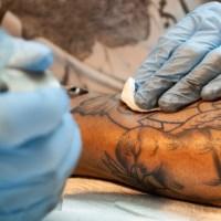 Dúvida sobre tatuagem: Posso ir para a academia depois de fazer tatuagem?