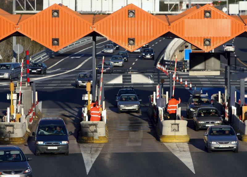 El Ministerio de Fomento eliminará el peaje de la autopista AP-7 cuando acabe su concesión