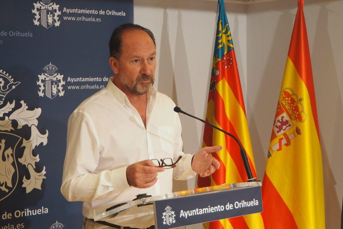 """Mollà: """"Los tres informes que certifican que Bascuñana cobró de Sanidad sin trabajar lo inhabilitan para ser alcalde de Orihuela"""""""