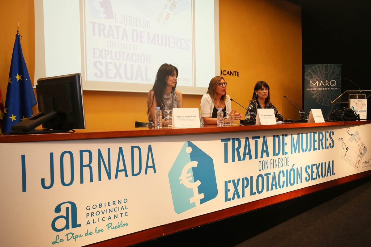 La Diputación de Alicante debate sobre la Trata de Mujeres con fines de explotación