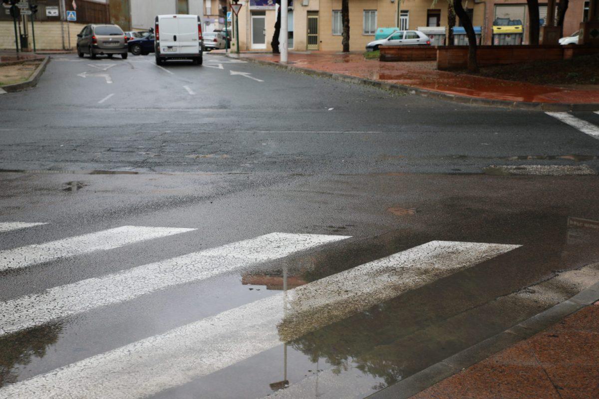La tormenta eléctrica provoca algunas incidencias en municipios de la provincia de Alicante
