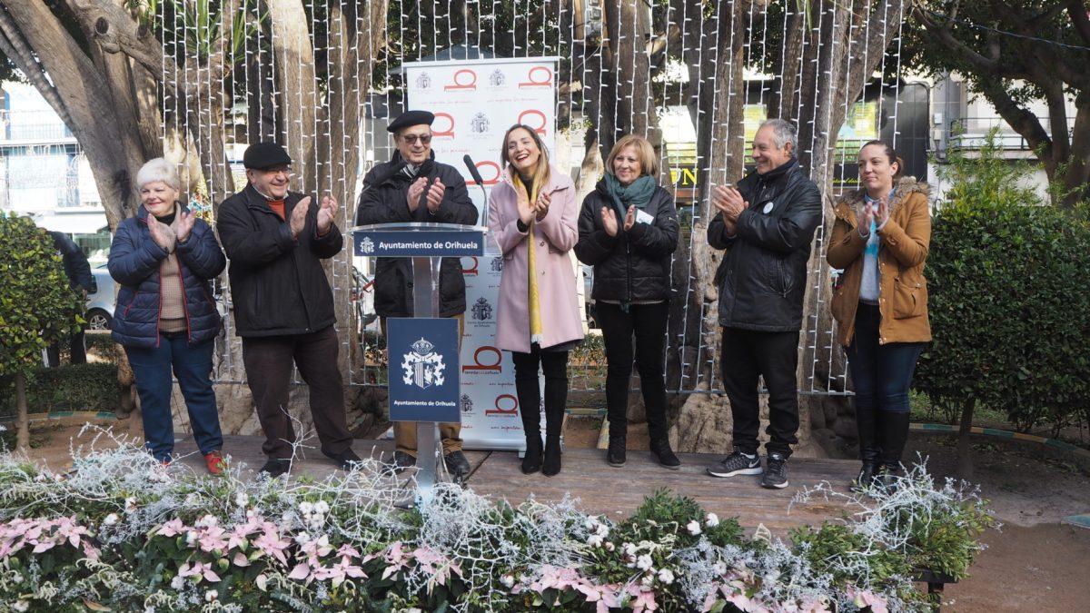 La II Feria Navideña Solidaria de Orihuela abre sus puertas con la participación de una veintena de asociaciones