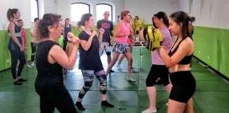 Mujeres practicando autodefensa personal / Ayuntamiento de Alcoy