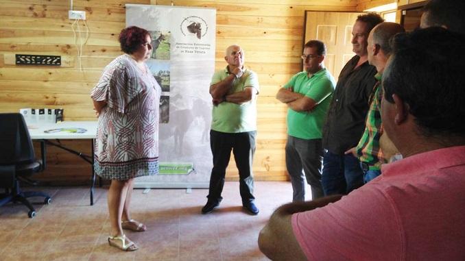 Visita de Begoña García a Caprivera