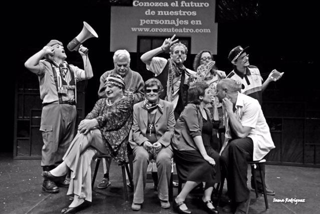 Grupo Orozú Teatro llega a Jaraíz con la obra 'EN BLACK – Vivir en negro'