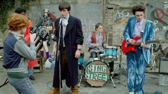 'Sing Street' de John Carney en el Cineclub El Gallinero y Filmoteca de Extremadura