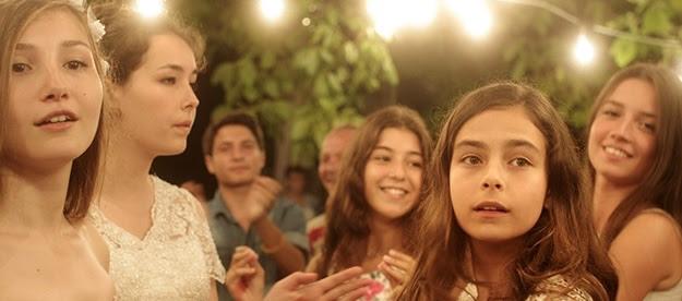 Mustang de Deniz Gamze en el Día Internacional de la Mujer