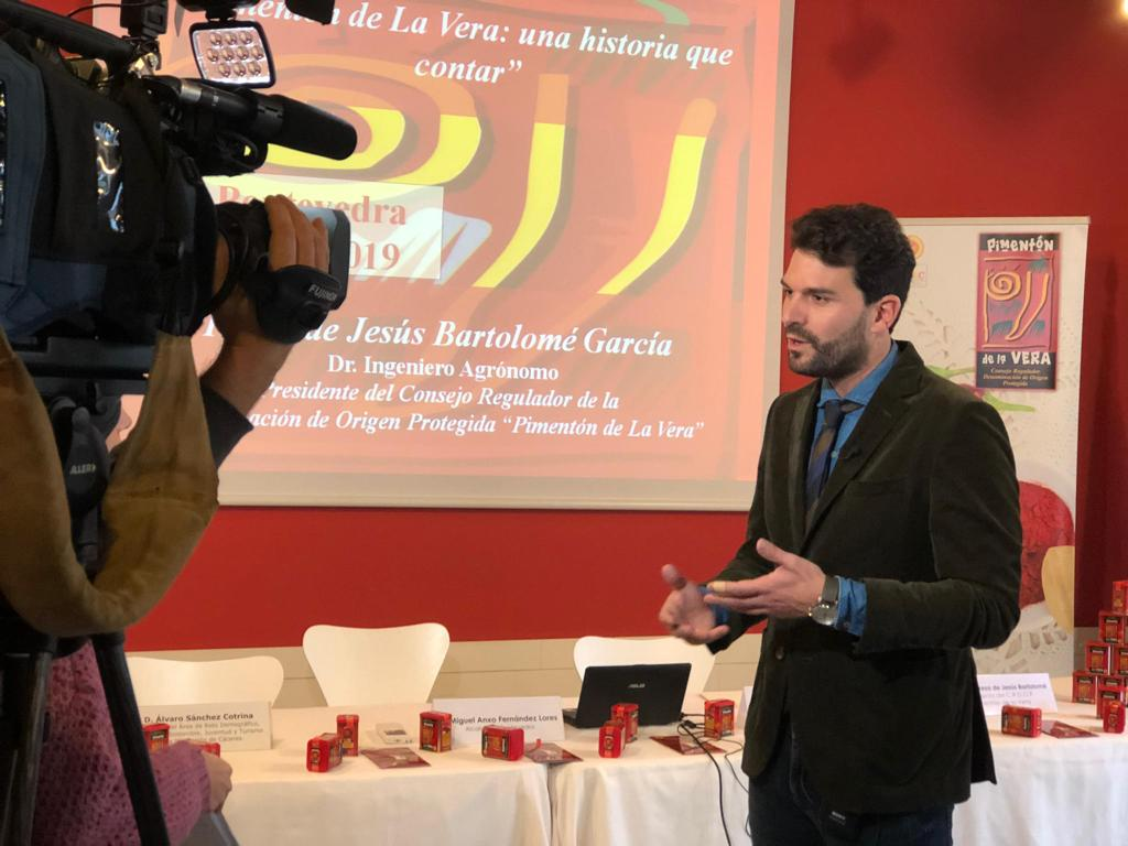 El Pimentón de la Vera se presenta a restauradores, blogueros y medios de comunicación gallegos