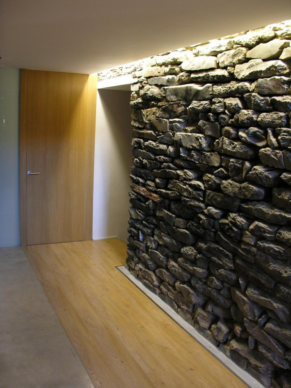 Mas de la Riba Ferran Lpez usa la tecnologa para mimetizar la arquitectura con el paisaje de Girona  diariodesigncom