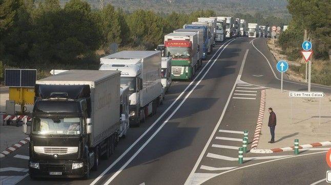prohibición, circular, camiones, N-340, N-240, Cataluña, entrará, vigor, domingo,