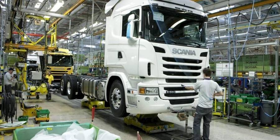 ventas, camiones, autobuses, suben, Febrero, Europa,