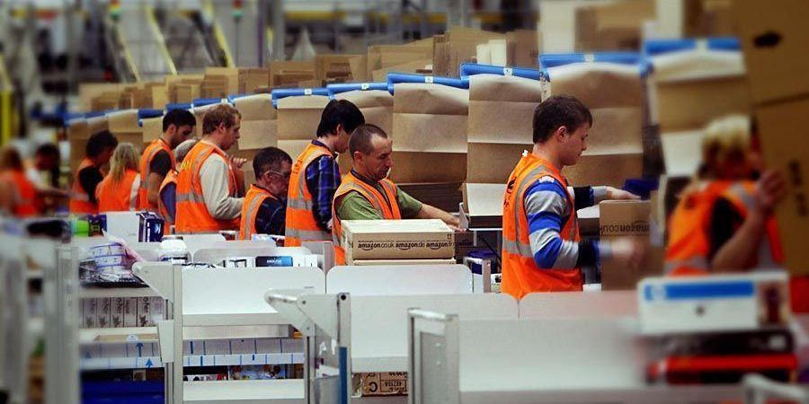 dimisión, Amazon, director, España. empresas, logística, almacenaje,