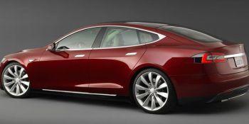 investiga, nuevo, accidente, mortal, conductor, Tesla, colisionar, camión,
