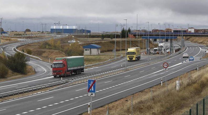 Fomento, rebaja, peajes, autopistas, camiones, 2018
